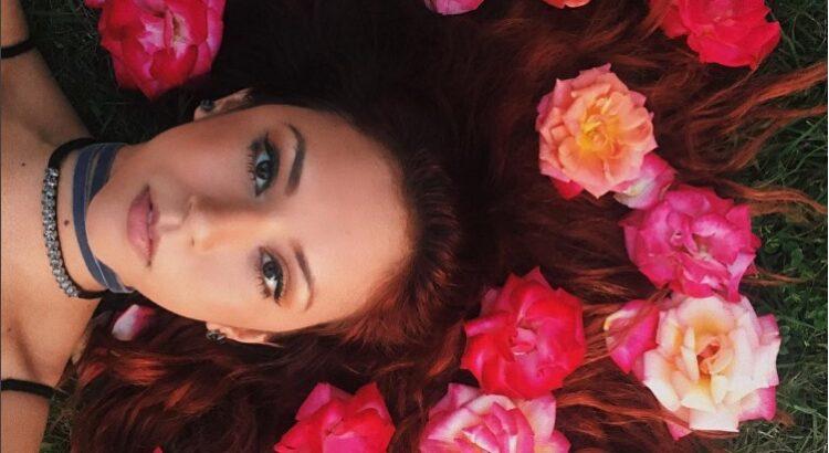 Barriela Jaxon image with flowers